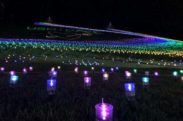 富山市の牛岳温泉スキー場で開催される「虹のかけはし」のペットボタル