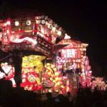 砺波夜高祭の見どころ、突き合わせの様子