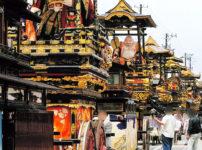 【城端曳山祭り】巡行日程や駐車場、アクセス、交通規制などの情報まとめ