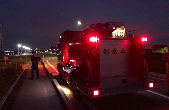 富山県射水市の富山新港、海王丸パークで開催される「富山新港花火大会」の消防車