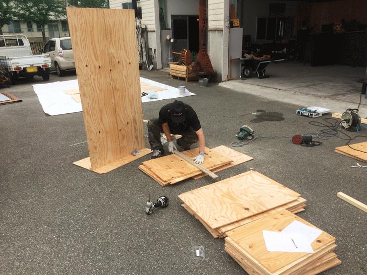 えんとつ町のプペル展用のボード制作2