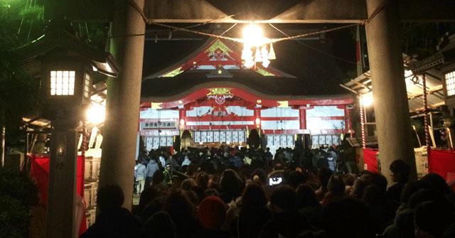 富山市日枝神社の初詣の様子