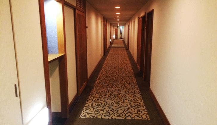 宇奈月杉乃井ホテルの客室廊下