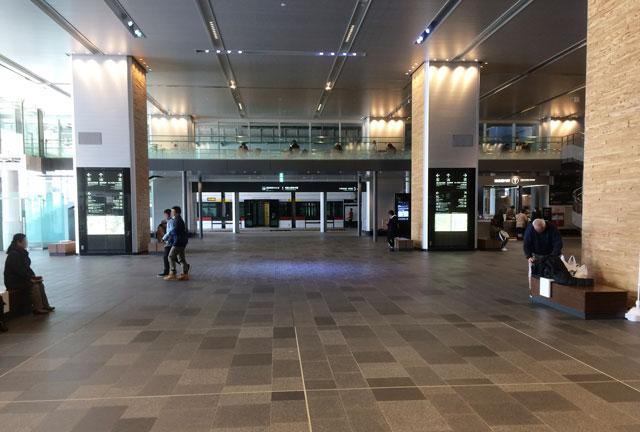 富山駅改札を出た時のファーストビュー(景色)