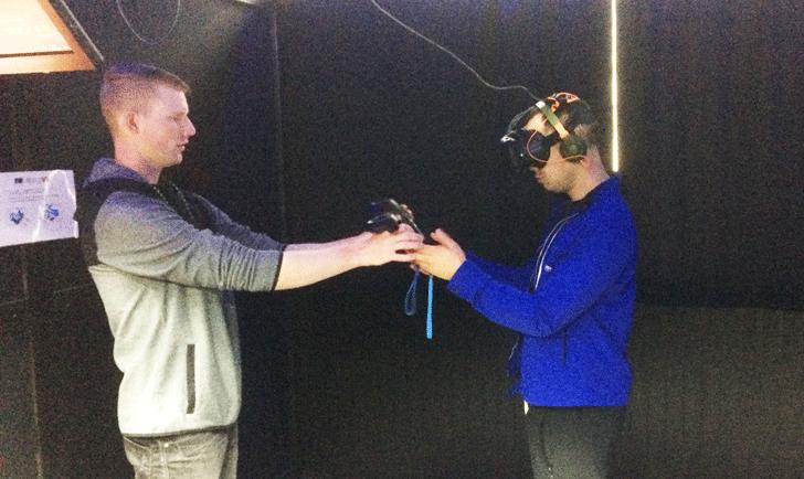 VR装置の装着