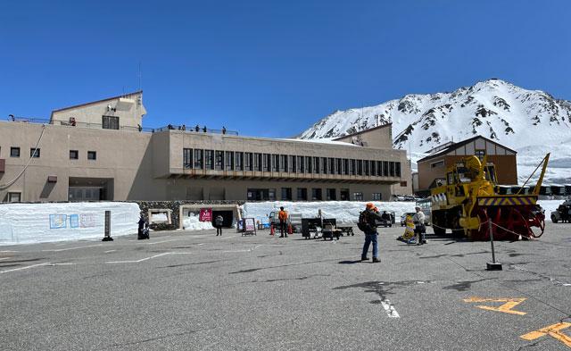 立山黒部アルペンルート「雪の大谷」エントランスゾーン