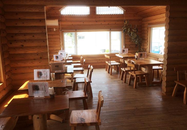 米粉カフェ梅香の店内