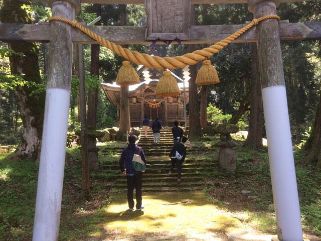 越中八尾の若宮八幡社(蚕宮)