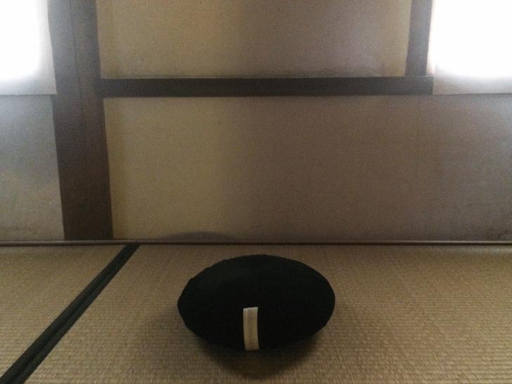 座禅用の座布