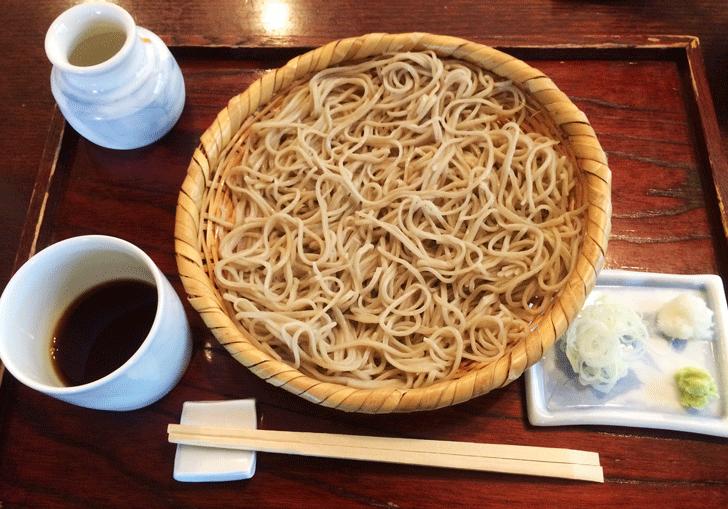 手打ちそば富山達磨(だるま)のざる蕎麦