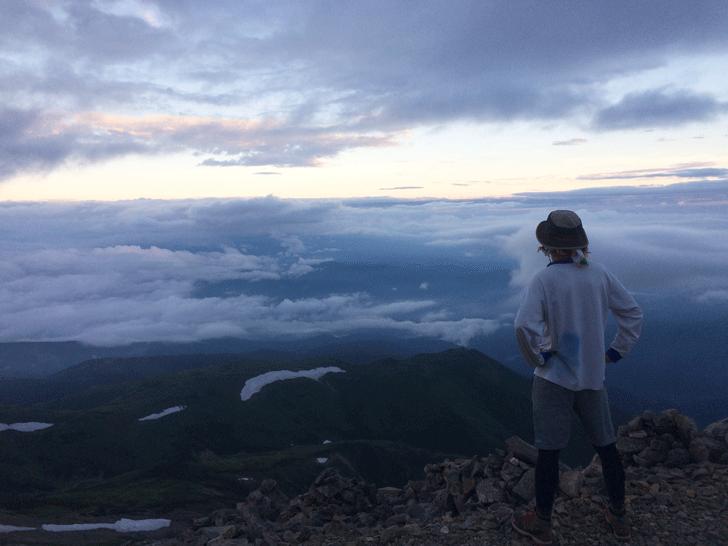 富山県の百名山薬師岳山頂からの景色