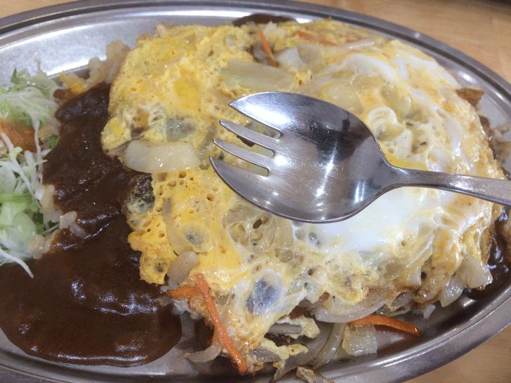 富山市五福の老舗カレー屋「かれえてい 本店」のスプーン