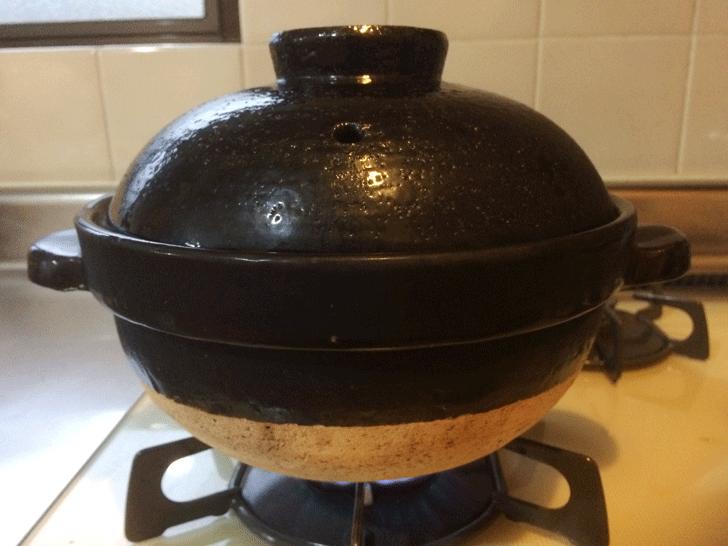 富山のブランド米「富富富(ふふふ)」をかまどさんで炊いてみる。