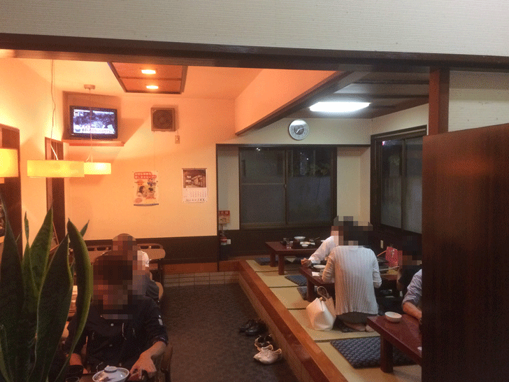 朝乃山関も御用達!呉羽の定食屋「丸忠」の店内2