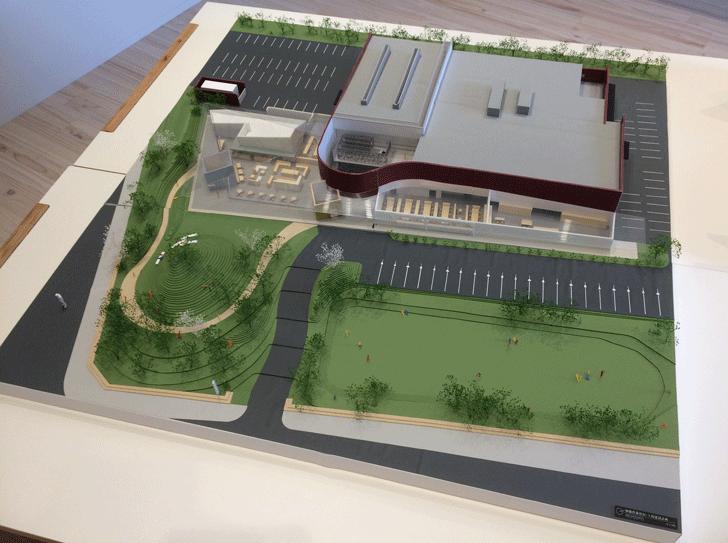 富山の産業観光施設、高岡の能作新社屋の模型