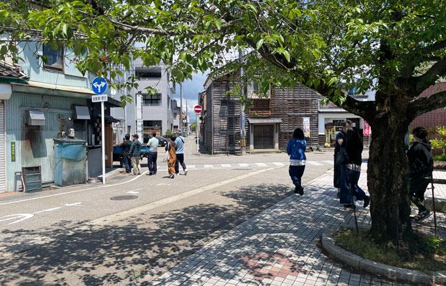 富山県氷見市ミシュランビブグルマンのラーメン屋「貪瞋痴(とんじんち)」の開店と入店