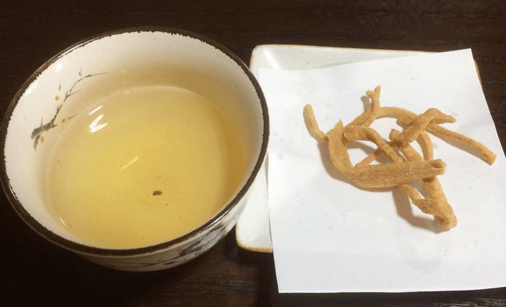 甘めの汁が絶品で美味い!南砺市井波の蕎麦処「茶ぼ〜ず」のそば茶