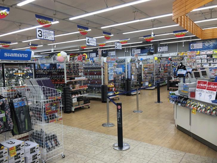 リニューアルオープンした上州屋富山空港通り店のレジ