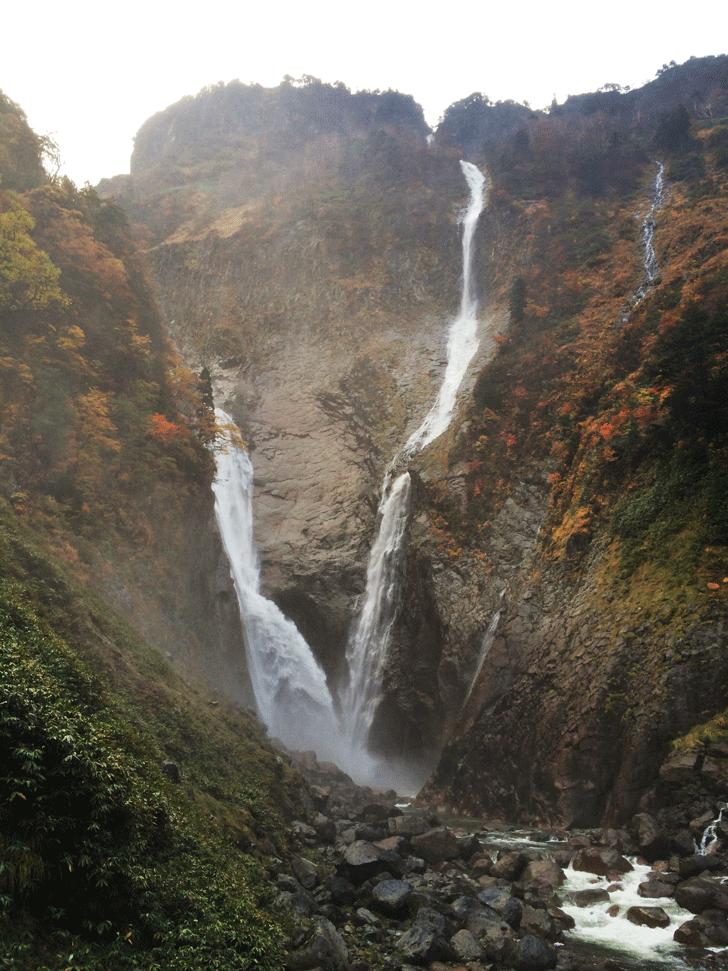 日本一の絶景、日本一の落差の富山県の称名滝