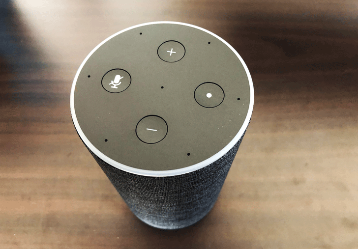 Amazon Echo(アマゾンエコー)の上部操作ボタン