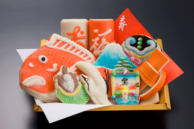富山県の特産品、鯛の細工かまぼこ