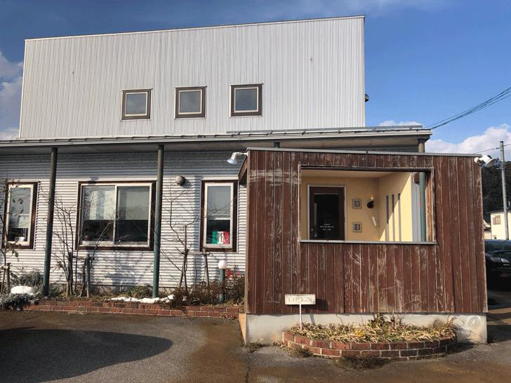 氷見の「イタリアンキッチンオリーブ」の店舗外観
