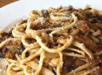氷見市のレストラン「イタリアンキッチンオリーブ」の氷見牛ボロネーゼパスタ