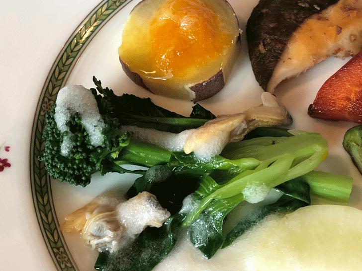 氷見の「イタリアンキッチンオリーブ」の元気野菜の前菜のアップ