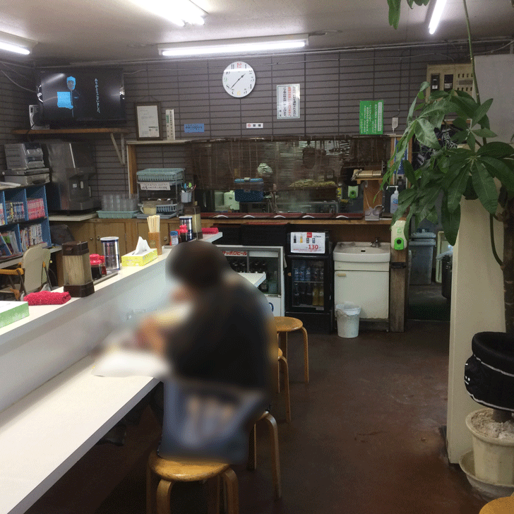 ラーメン工房(射水市)の店内