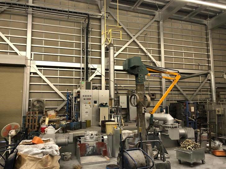 能作の鋳物場・鋳造場にある炉
