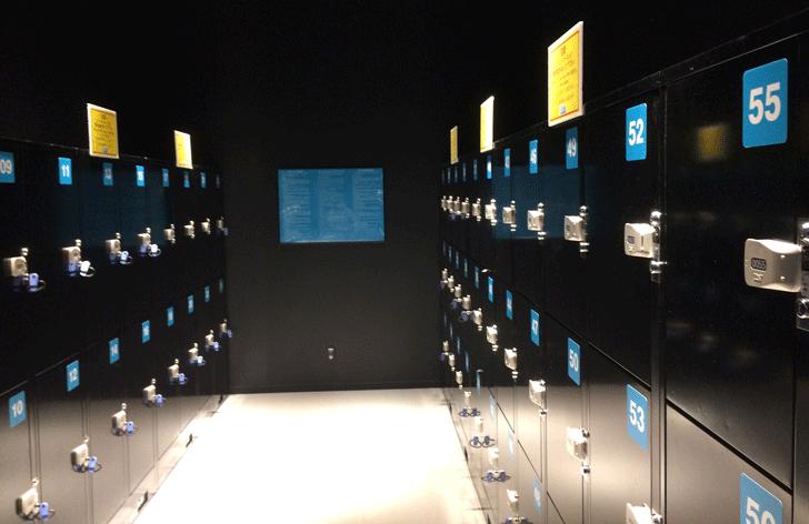 VRゾーン新宿のコインロッカー