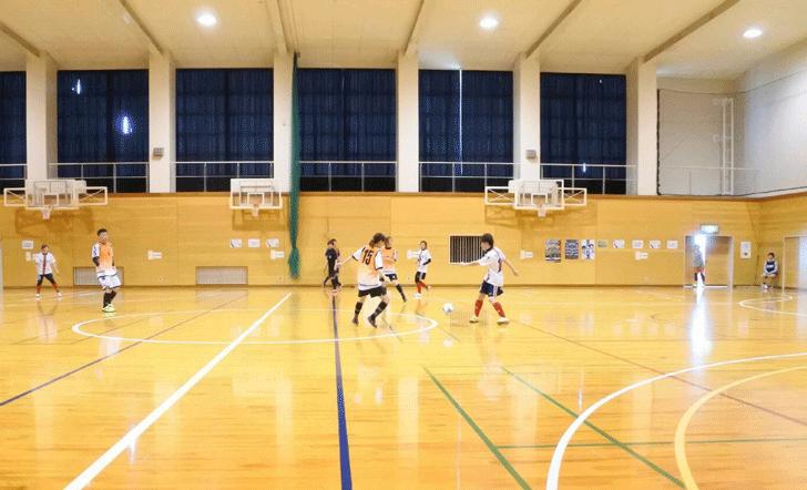 富山県のミックスフットサルリーグの様子