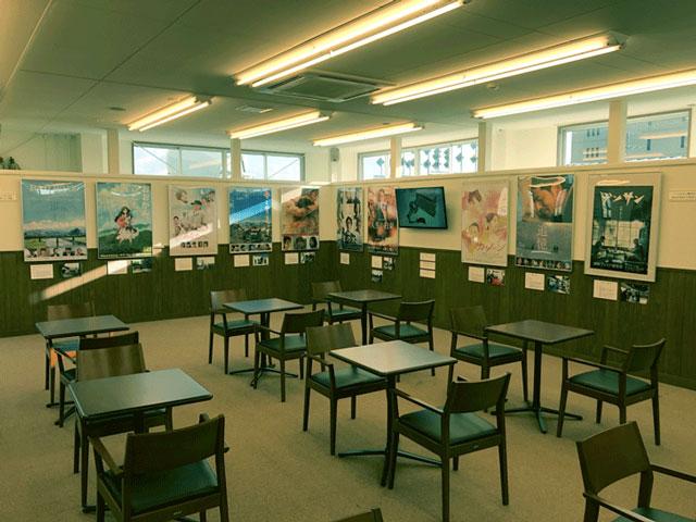 富山県庁舎本館4階にある資料展示室に飾ってある映画ポスター