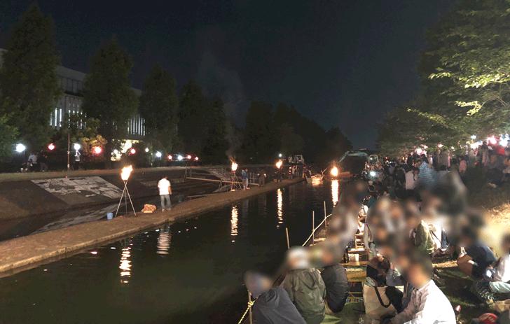 売比河鵜飼祭(めひかわうかいまつり)の会場の様子