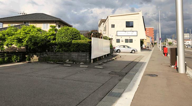 高級「生」食パン専門店 乃が美はなれ富山店の駐車場