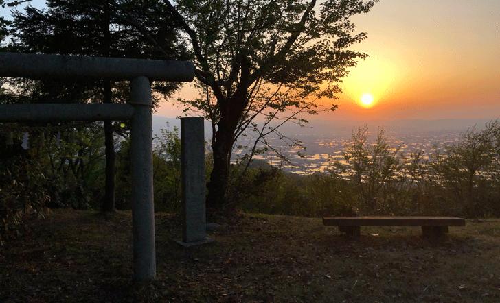 鉢伏明神社(はちぶせみょうじんしゃ)の鳥居