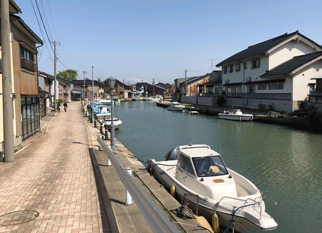 映画ロケ地の観光スポット「日本のベニス新湊内川」2