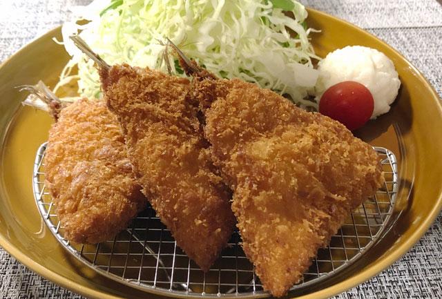 カフェ アウル OWLの日替わり定食(アジフライ定食)