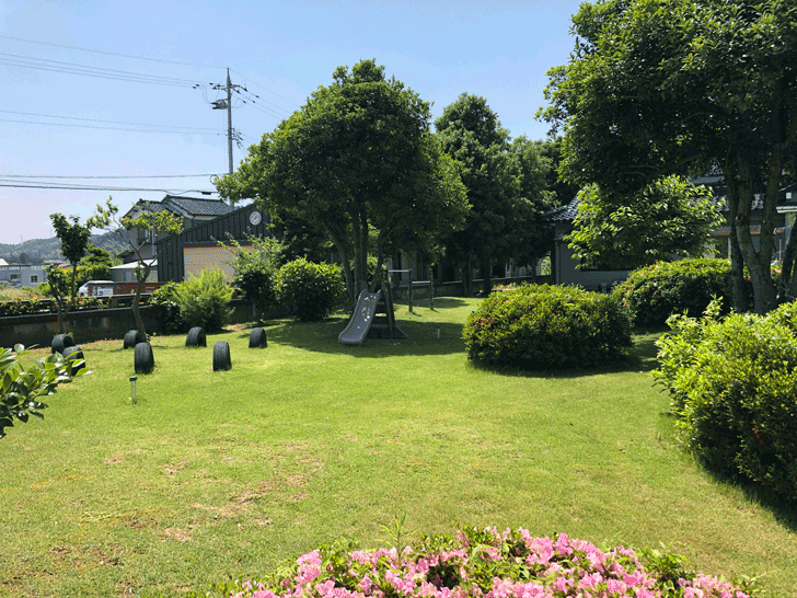カフェ アウル OWLの広い庭