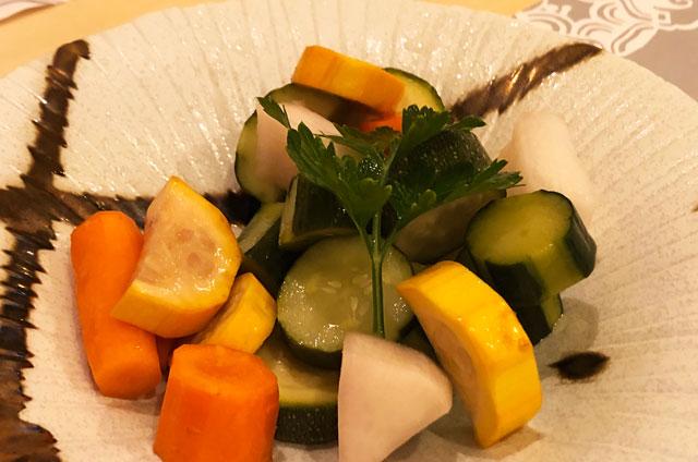 イタリア料理屋「TRATTORIA SACCHI(トラットリア サッチ)」の彩り野菜ピクルス