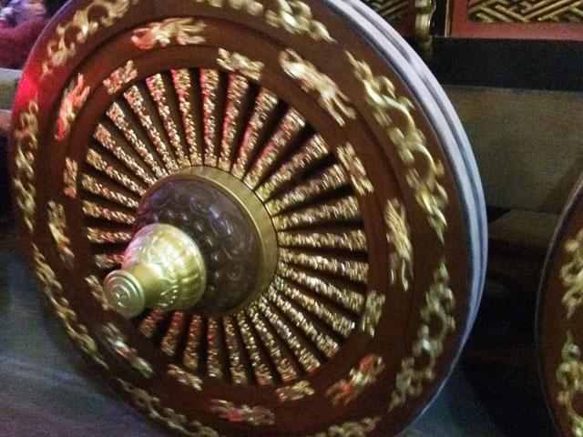 新湊曳山祭の曳山の車輪