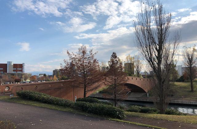 富岩運河環水公園の入船橋(いりふねばし)