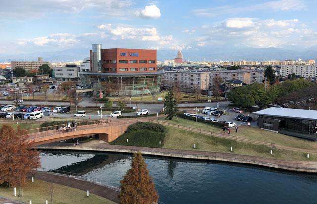 富岩運河環水公園の湊橋(みなとばし)