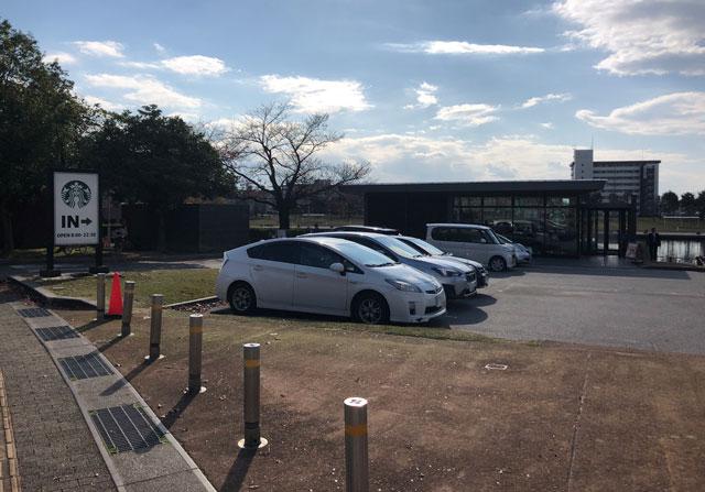 富山市富岩運河環水公園の無料駐車場2