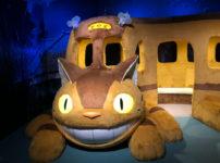 ジブリの大博覧会in富山に展示されている体験型の猫バス