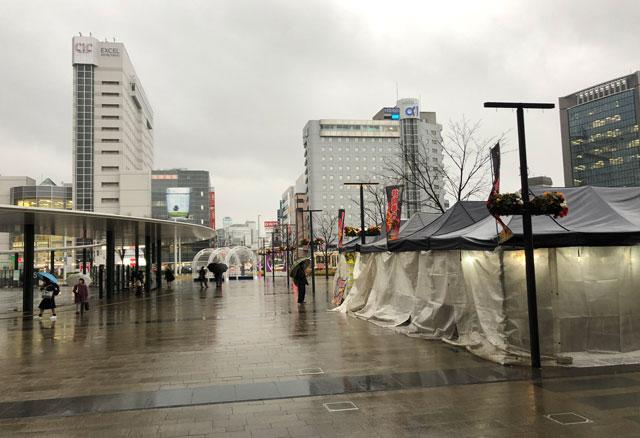 「東北支援 牡蠣奉行2018」富山駅前のテント