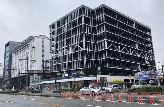 富山大和の提携駐車場「NPC24Hユウタウン総曲輪パーキング」