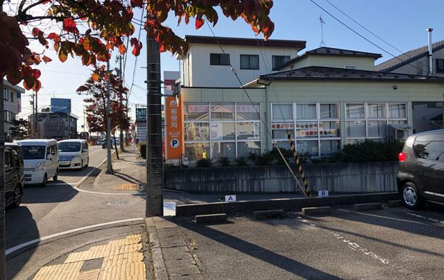 山室の元祖上州もりそばの「景勝軒 富山店」は山室郵便局の横