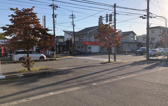 山室の元祖上州もりそばの「景勝軒 富山店」の駐車場の問題点