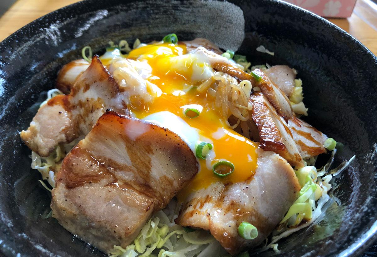 【黄金の豚】炙りチャーシュー専門店オープン!富大五福キャンパス周辺ランチ☆